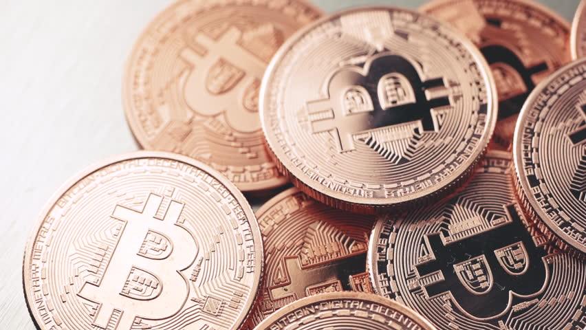 Волатильность биткоина демонстрирует минимальные годовые значения