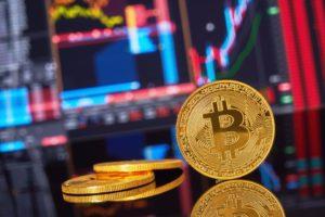 Стоимость биткоина выросла, несмотря на новости о новых запретах