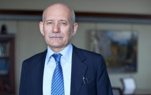 Хамитов объявил о досрочной отставке
