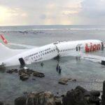 падение самолета катастрофа Индонезия россияне