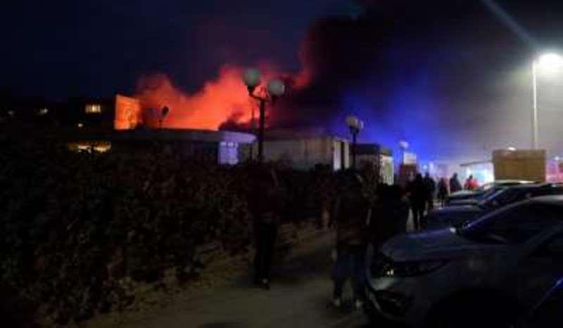 пожар в Ахтубинске на Хитром рынке