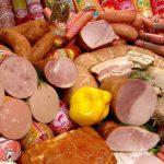 акцизы на колбасу и сосиски хотят ввести в России